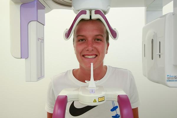 KRC Genk Ladies - Dentist X Ray Picture