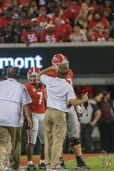 Kirby Smart teaches Cade Mays (77)