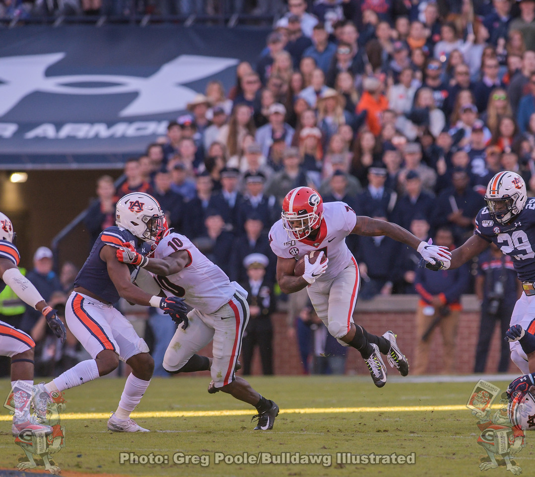 Bulldog running back D'Andre Swift (7) during the first quarter of the Georgia-Auburn game on Saturday, November 16, 2019