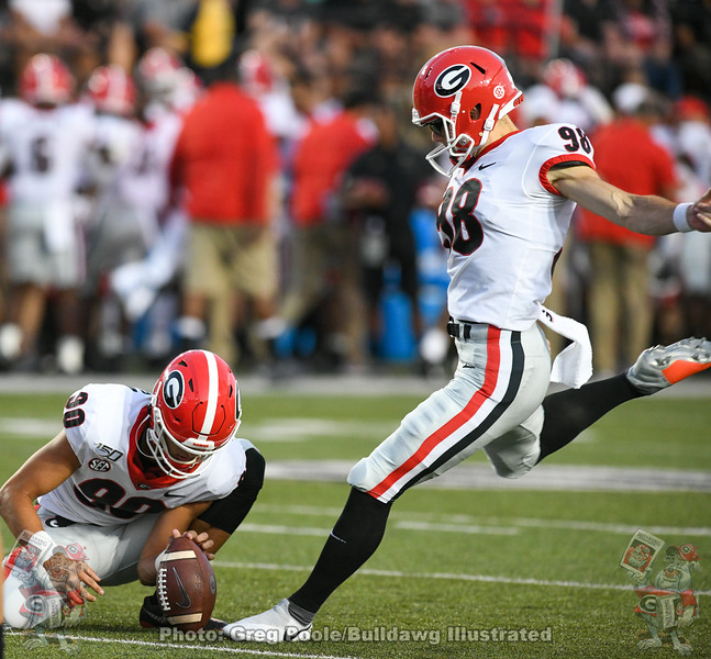 Jake Camarda (90) with the hold and Rodrigo Blankenship (98) with the kick. Georgia vs. Vanderbilt, Saturday, August 31, 2019