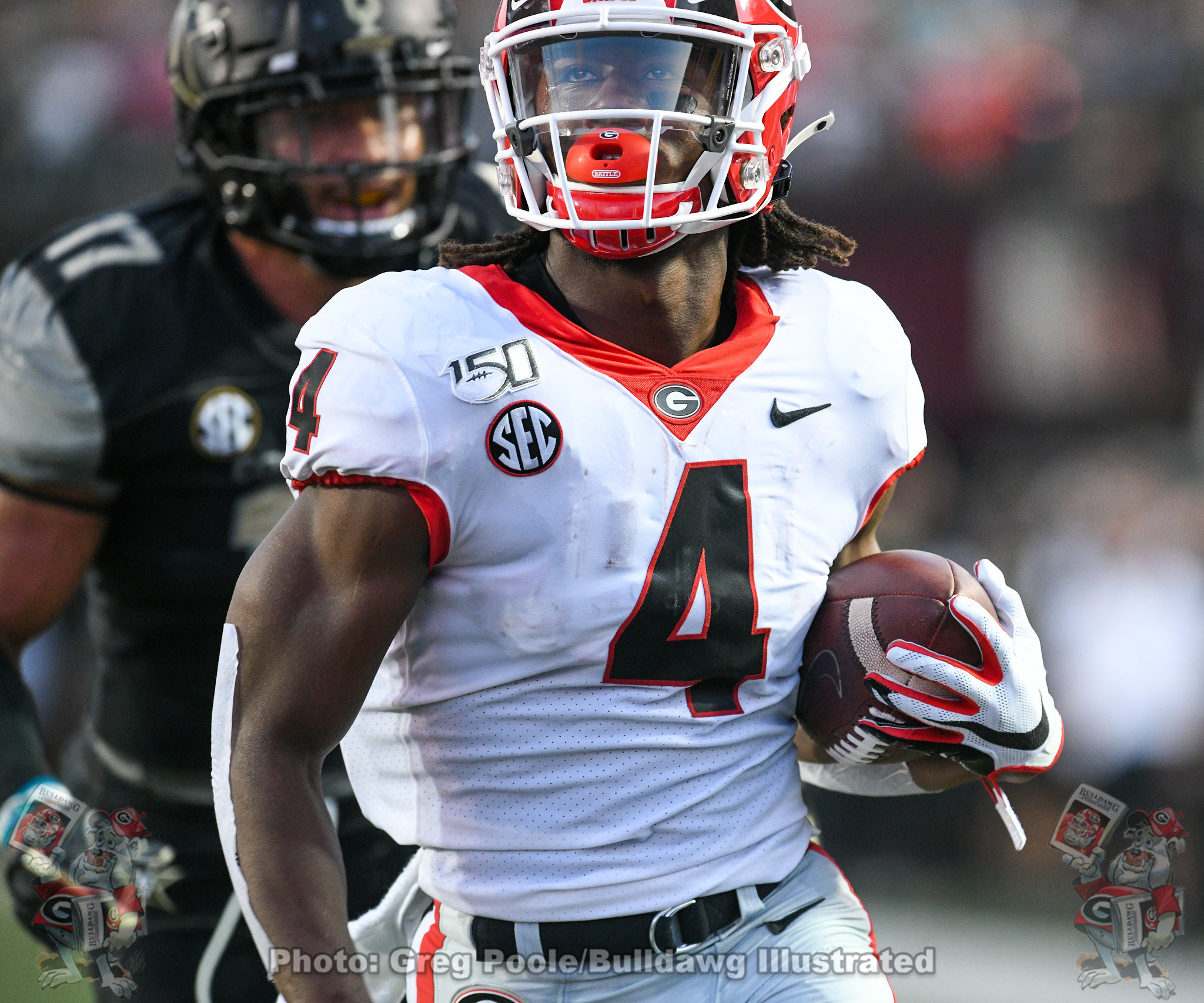 Georgia running back James Cook (4) will be a key piece returning to the offense in 2020.