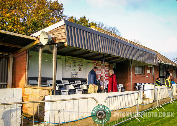 Wimborne Town v Abingdon United, Southern League, 12th November 2011