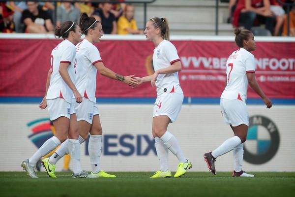 Belgian Red Flames v Engeland - Friendly