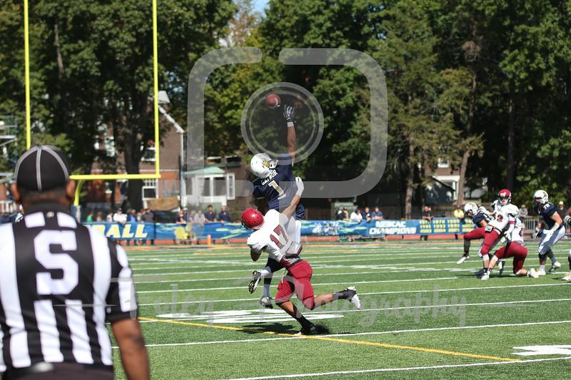 Trinity College Bantams wide receiver Nick Gaynor (1) Bates College Bobcats defensive back Brandon Williams (17)