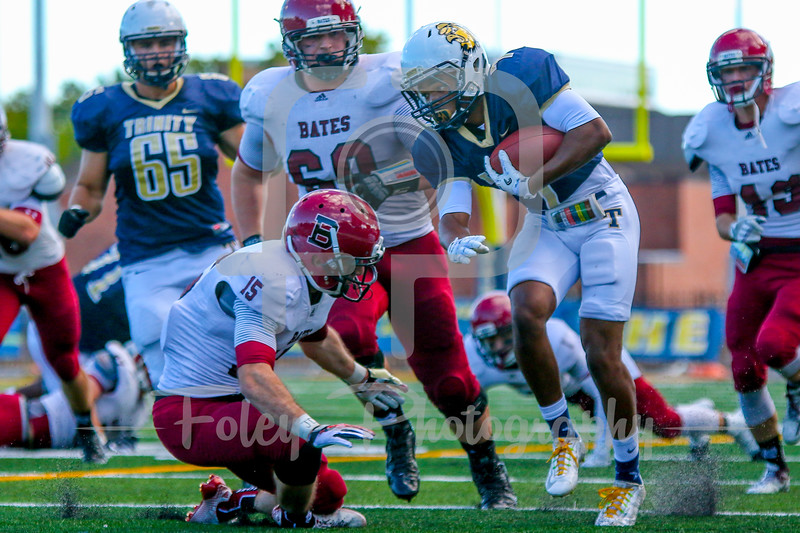 Trinity College Bantams wide receiver John Spears (7) Bates College Bobcats defensive back Trevor Lyons (15)