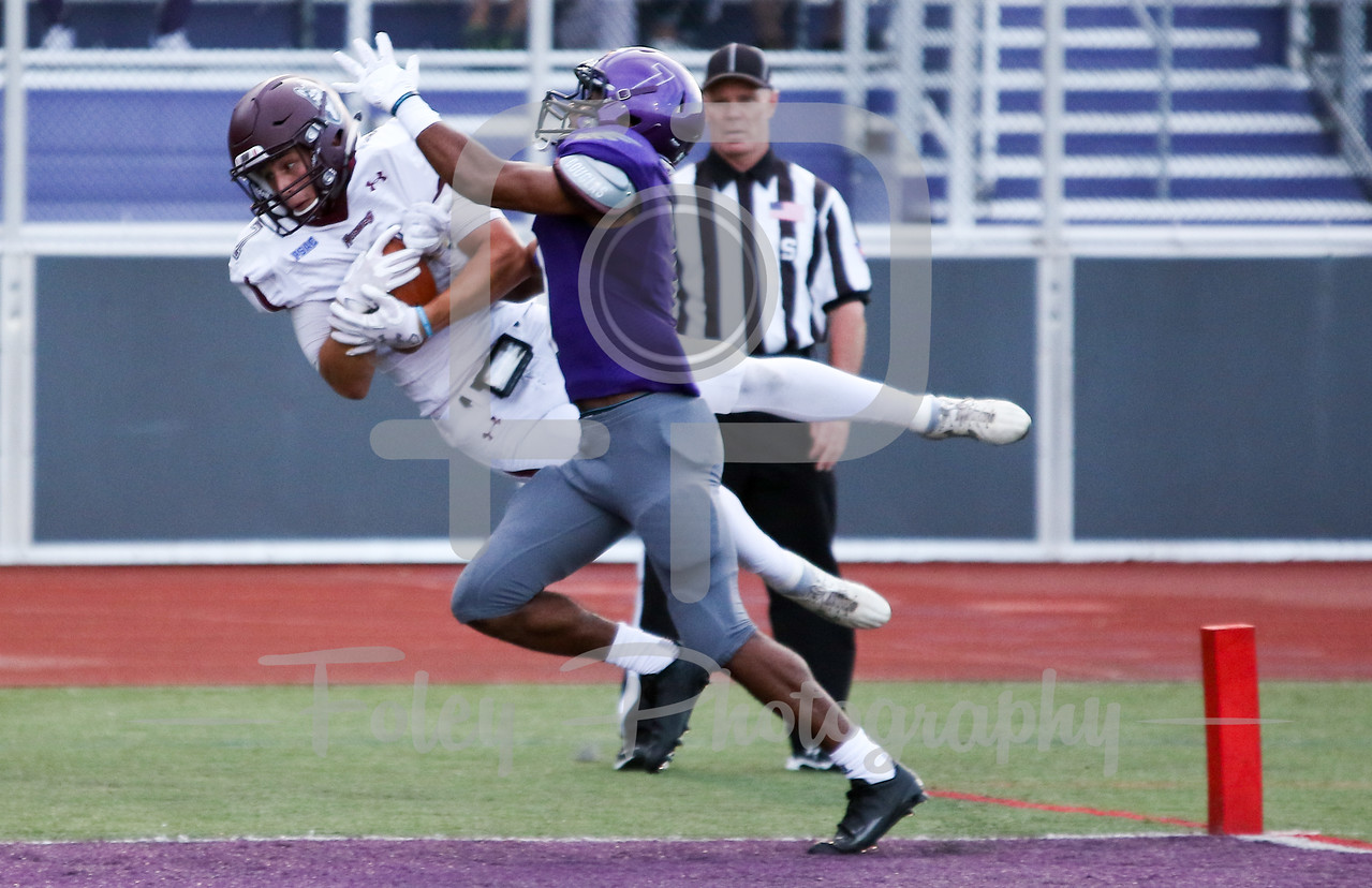 Bloomsburg Huskies wide receiver Chad Hoffman (7) Stonehill Skyhawks Jerel Archer (7)