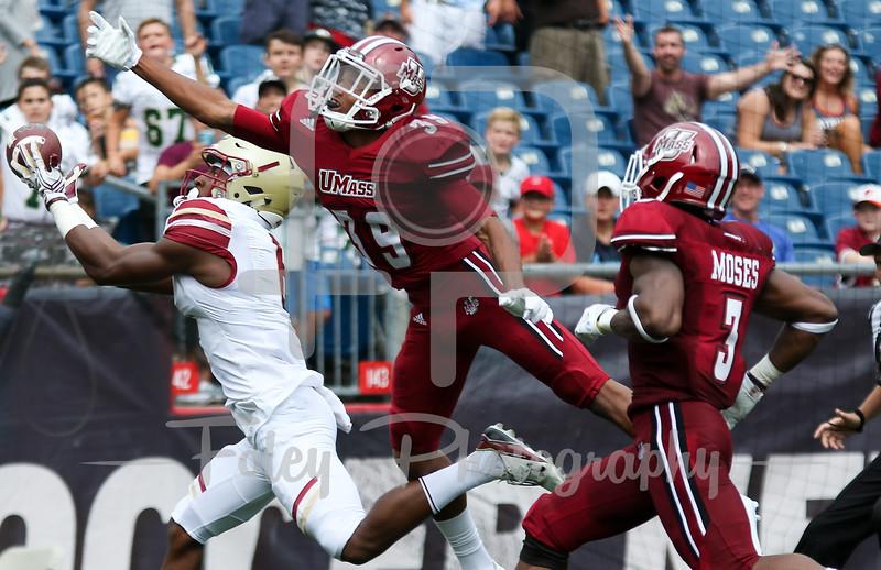 Boston College Eagles wide receiver Jeff Smith (6) Massachusetts Minutemen cornerback Isaiah Rodgers (39)