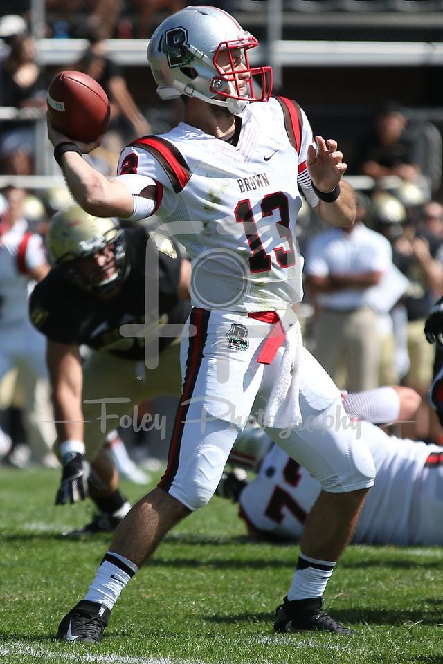 Brown Bears quarterback Kyle Moreno (13)