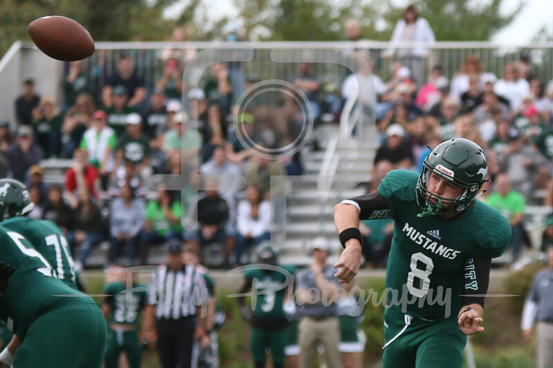 Mount Ida quarterback Jack Sheehan (8)