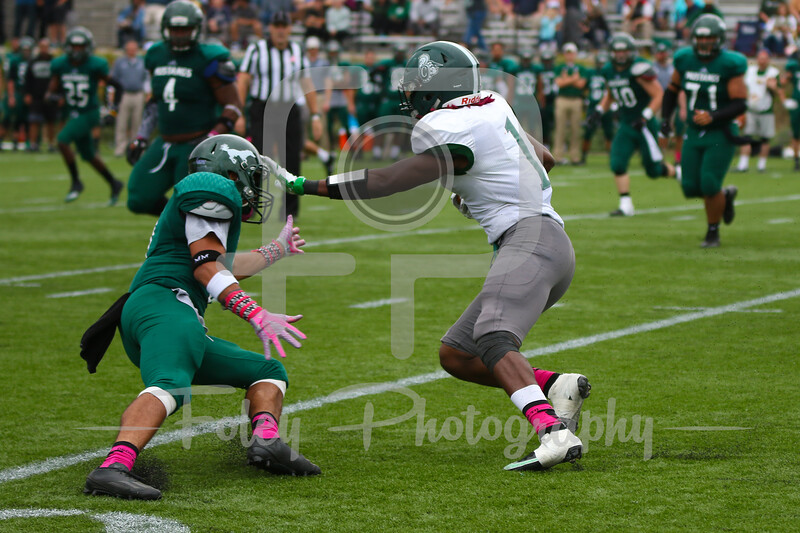 Castleton University running back Moe Harris (1)
