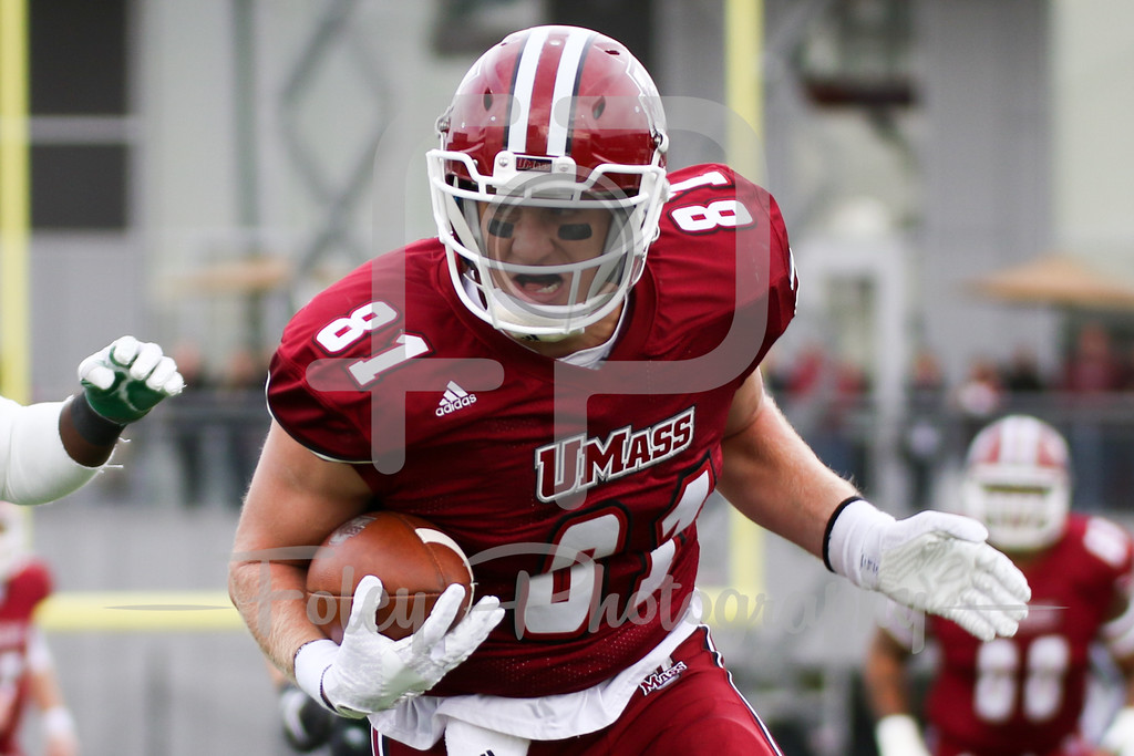 Massachusetts Minutemen tight end Adam Breneman (81)