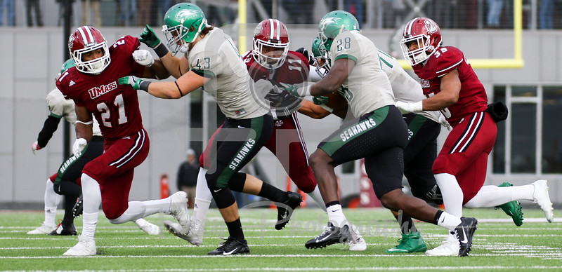 Massachusetts Minutemen linebacker Roderick Jones Jr. (11) Massachusetts Minutemen safety Khary Bailey-Smith (21)