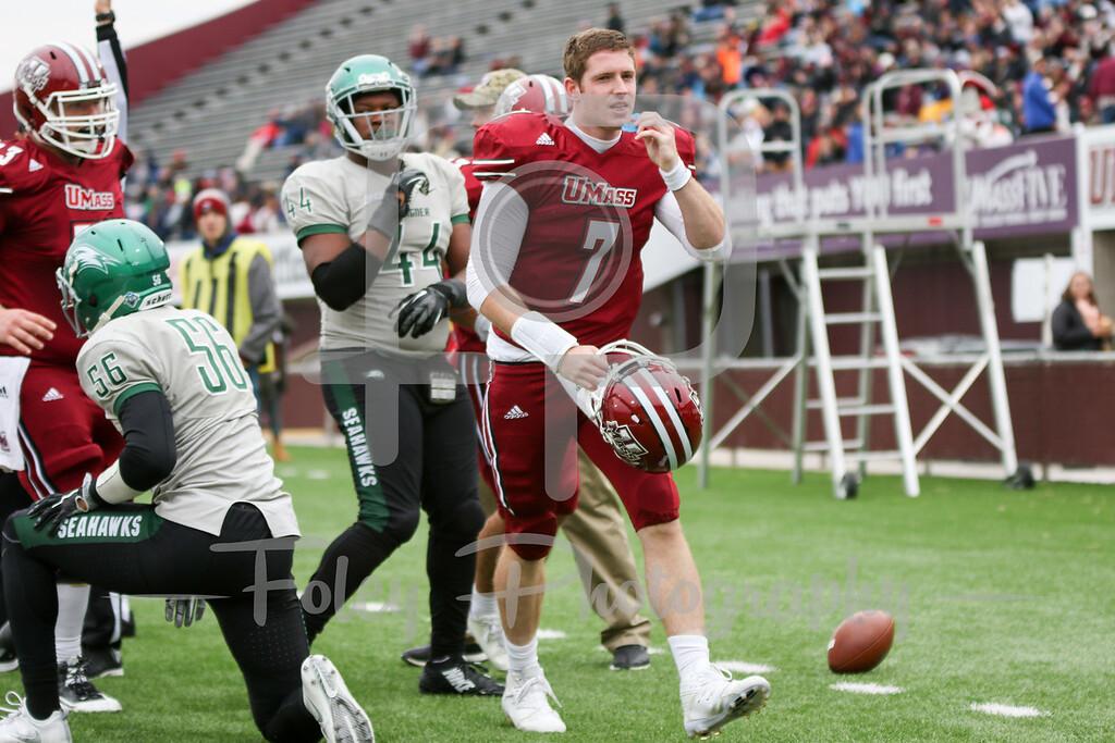 Massachusetts Minutemen quarterback Andrew Ford (7)