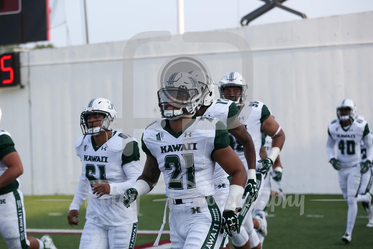 Hawaii Warriors running back Freddie Holly III (21)