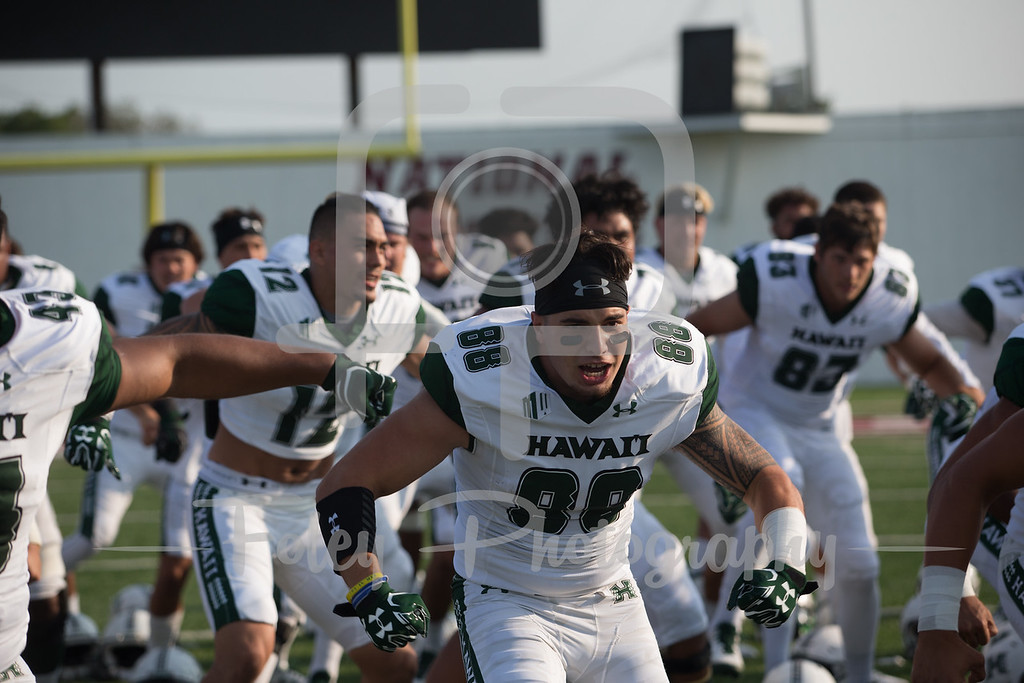 Hawaii Warriors defensive back Tumua Tuinei (88)