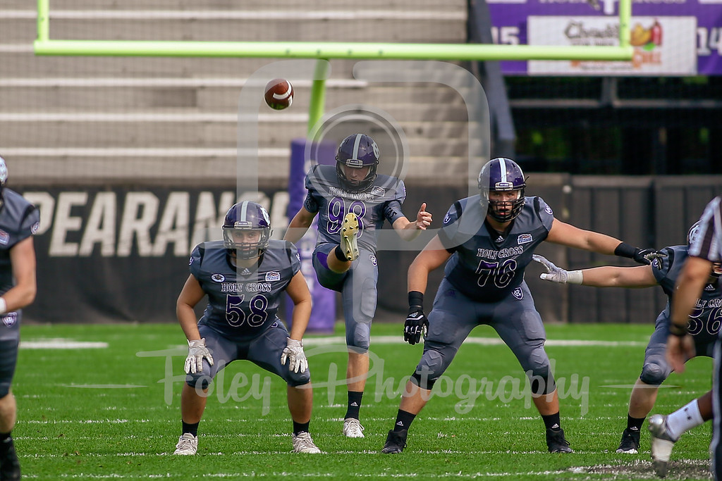Holy Cross Crusaders punter Will McGrail (98)