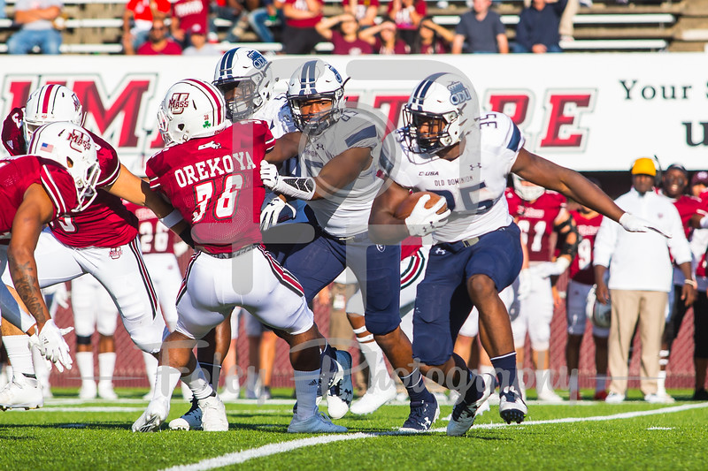 Old Dominion Monarchs running back Jeremy Cox (35)