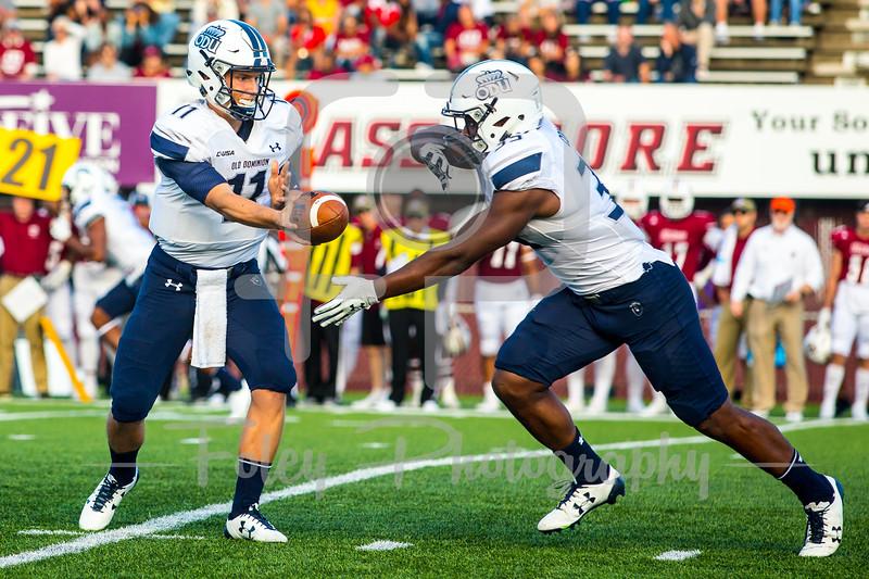 Old Dominion Monarchs quarterback Blake LaRussa (11) Old Dominion Monarchs running back Jeremy Cox (35)