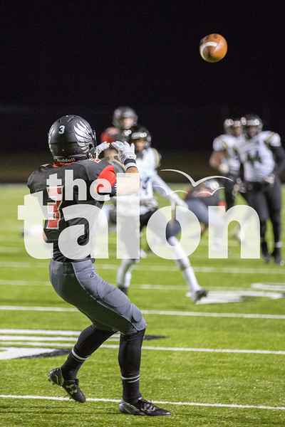 Eagles take on Pittsburg on Friday, Nov. 20 at Royse City ISD Stadium in Royse City, TX. (Caleb Miles / The Talon News)