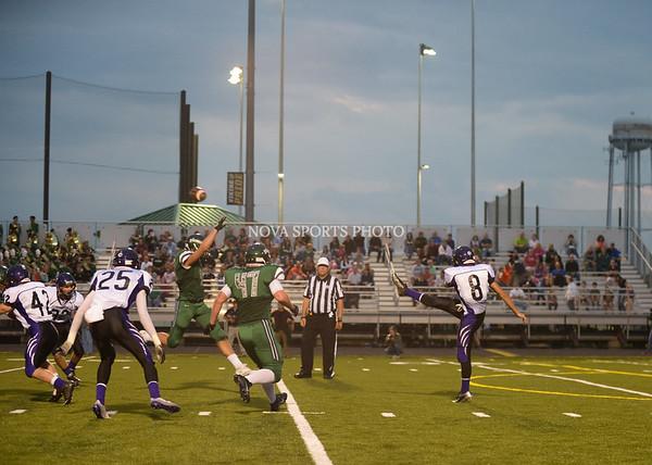 AW Football Potomac Falls v Loudoun Valley-9