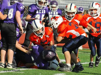 20101002 8277 WFFL Mitey Mite, Brigham City White @ Mtn. Crest Orange (Stadium)