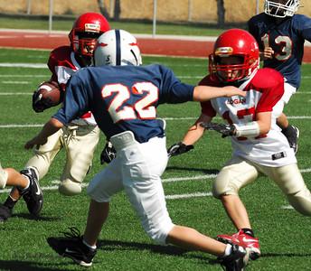 20101002 7394 Jr. Pee Wee, Logan Red @ Mtn. Crest Blue (Stadium)