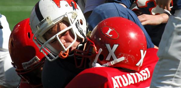 20101002 7457 Jr. Pee Wee, Logan Red @ Mtn. Crest Blue (Stadium)