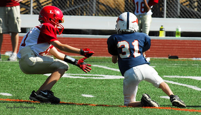 20101002 7425 Jr. Pee Wee, Logan Red @ Mtn. Crest Blue (Stadium)