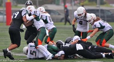 Image du match de football opposant les Condors de SJE aux Loups de CAL