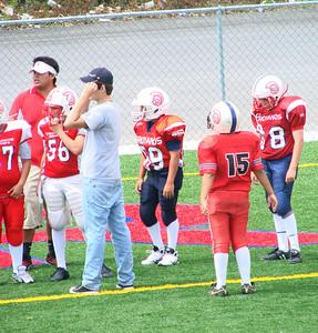 Por tratarse de un juego amistoso, los jugadores aún no contaban con su uniforme oficial y jugaron con jerseys rojos (algunos de la temporada pasada). Cada quien llevo el jersey que consiguio.