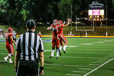 Mater Dei defeats JSerra 45-3 at Santa Ana Stadium on October 20, 2017