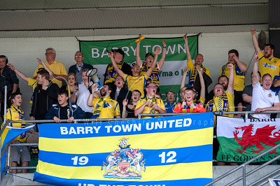Barry Town Utd v Cliftonville