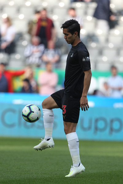 Yoshinori Muto of Newcastle United warms up before the Premier League match between Newcastle United and Southampton at St. James's Park, Newcastle on Saturday 20th April 2019.