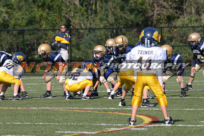10/16/2011 Bayport-Blue Point vs. Northport Tigers(7/8yrs) @ Vet's Park