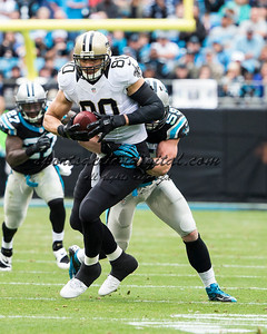 New Orleans Saints tight end Jimmy Graham (80), Carolina Panthers middle linebacker Luke Kuechly (59)