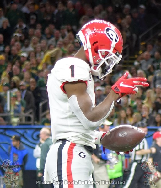 George Pickens (1) with the first down