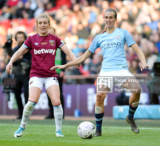 FIL MAN CITY WOMEN WEST HAM WOMEN 18