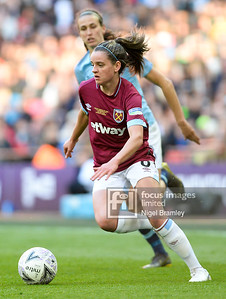 FIL MAN CITY WOMEN WEST HAM WOMEN 22