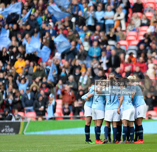 FIL MAN CITY WOMEN WEST HAM WOMEN 12