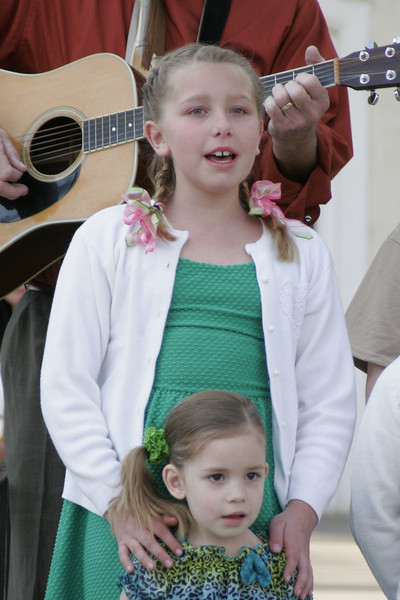 Lindsay children singing God Bless America at the 2014 Orange Blossom Festival Queen Coronation.