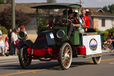 "This antique Interational pick up in the 2015 Woodlake Lions Rodeo Parade contained ""The Very Best of Woodlake - 2014."""