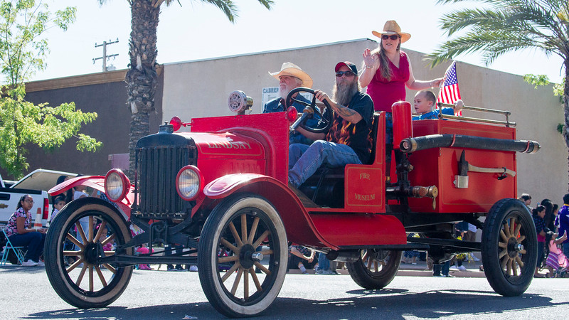 Participants in the 2016 Lindsay Orange Blossom Festival parade. The Lindsay Fire Museum was a participant in the Orange Blossom parade.
