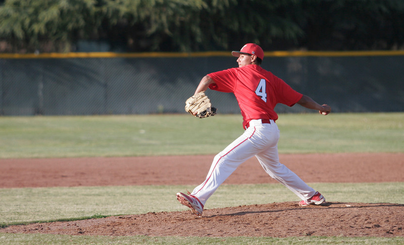 Lindsay High Cardinal pitcher Israel Uribe against Woodlake on March 21, 2014.