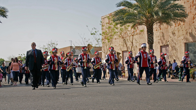The Strathmore Elementary School Marching Band placed 2nd in the 2014 Orange Blossom Festival parade.