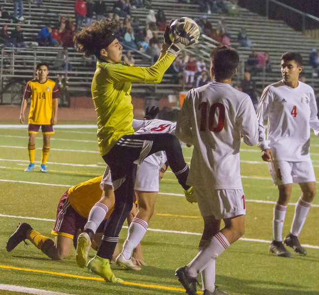 Tulare Western scored at goal in the closing minutes of regular play to defeat crosstown rival Tulare Union 1-0 in EYL play.