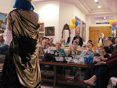 Video of Las Vegas entertainer Kiki Kalor performing on New Years Day at Barbara and Marvin Broxmeyer annual New Years Day Party.