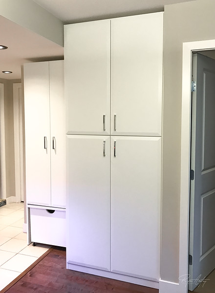 kitchen-storage-closed