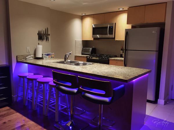 kitchen-glow
