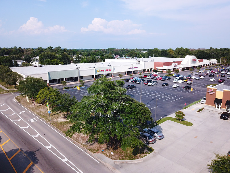 Shopping In Biloxi Ms >> Popps Ferry Shopping Center Biloxi Ms Envisia