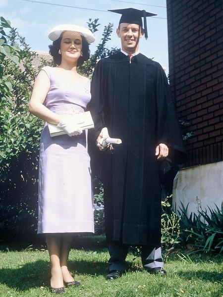 21 Daddy Graduates College